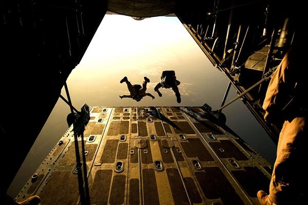 High altitude military parachuting